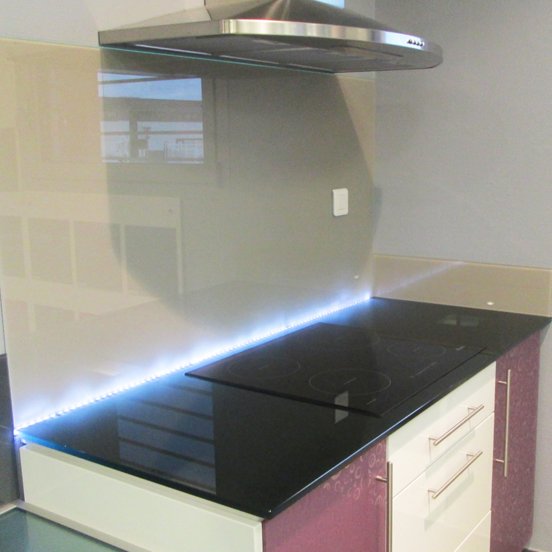 küchenrückwand nach maß, küchenrückwand aus glas, küchenrückwand online bestellen
